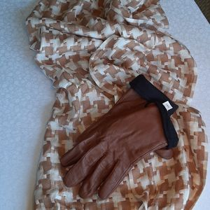 Leather gloves and scarf/shawl
